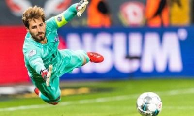 Mercato - Porto a proposé 7,5 millions d'euros au PSG pour Trapp et ce dernier est intéressé, selon O Jogo