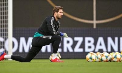 """Mercato - L'Eintracht Francofrt annonce que Trapp """"n'est pas disponsible"""" suite à sa discussion avec le PSG"""