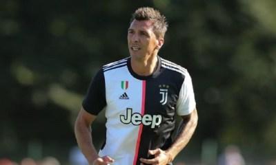 Mercato - Le PSG se renseigne pour Mandzukic, qui réfléchit à cette option selon Sky Sport