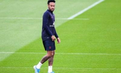 Mercato - Le Real Madrid a proposé 3 joueurs et 100 millions d'euros pour Neymar, selon L'Equipe