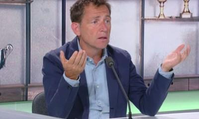 """Daniel Riolo: """"Tu ne veux pas retenir Neymar qui veut partir et prendre Dembélé qui ne veut pas venir!"""""""