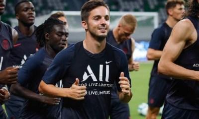 """Sarabia """"Neymar s'entraîne bien et je crois qu'il est concentré malgré tout ce qui passe autour de lui"""""""