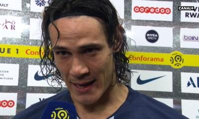 """PSG/Bordeaux - Cavani ému aux larmes """"c'est un moment très spécial"""""""