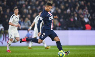 Le PSG doit-il prolonger le contrat de Thiago Silva ?
