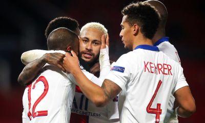 """Neymar heureux de la victoire, affirme qu'il n'est """"pas venu à Paris pour jouer l'Europa League"""""""