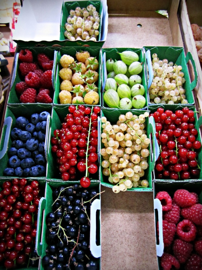 paris market fruit