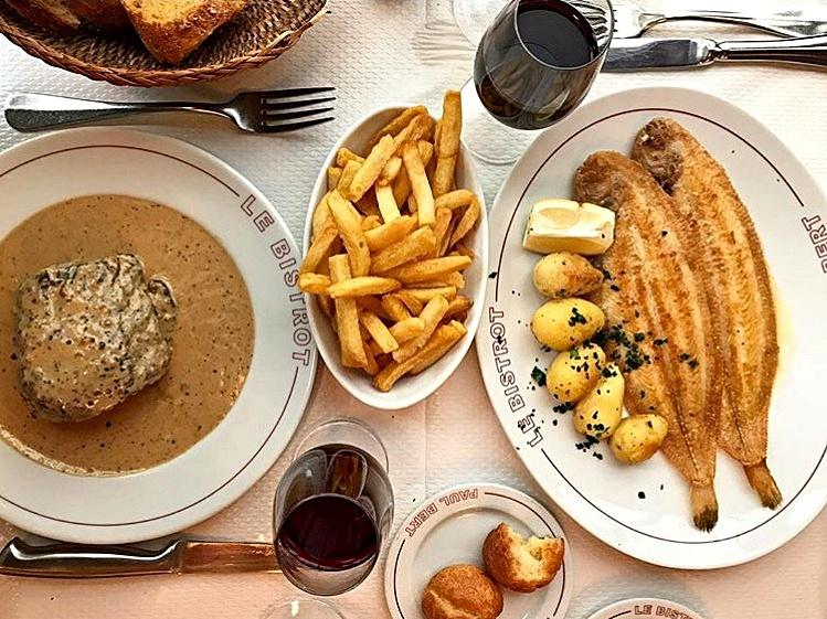 Bistrot Paul Bert steak au poivre et sole meunière meilleurs bistrots français classiques à Paris