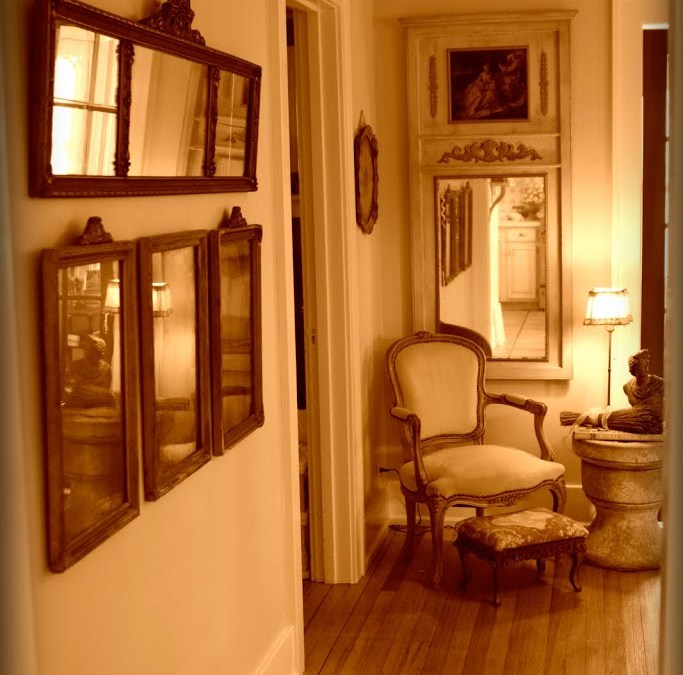 Design on a Centime: Fête le Printemps (Living Room/Dining Room Part II)