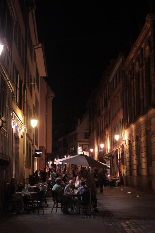 rues de strasbourg de nuit