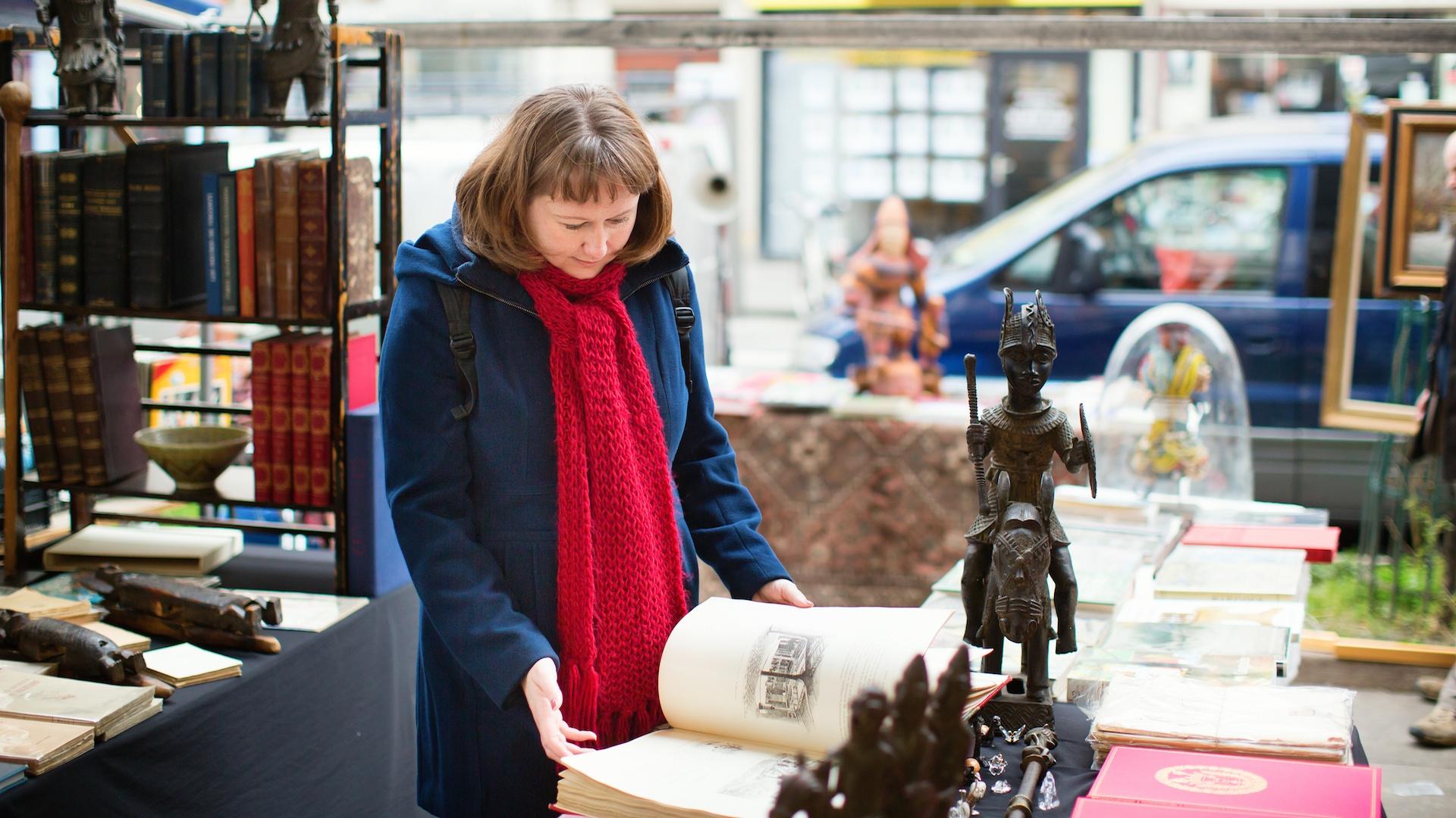 Sml Lady Antique Books Paris Market