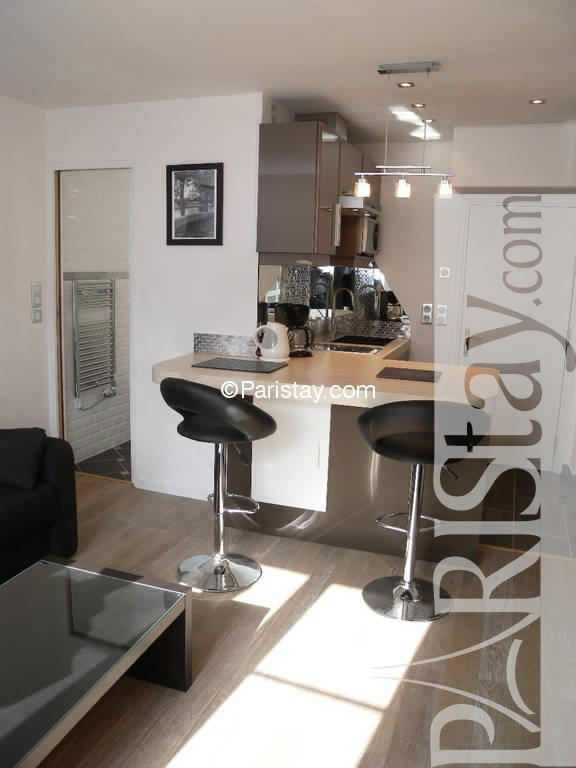 Studio Long Term Rental Paris Montorgueil 75002 Paris