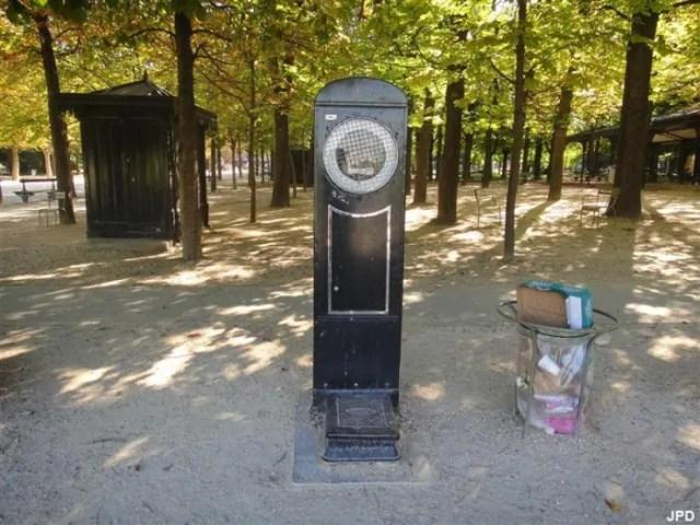 dernier-pese-personne-public-jardin-luxembourg-paris