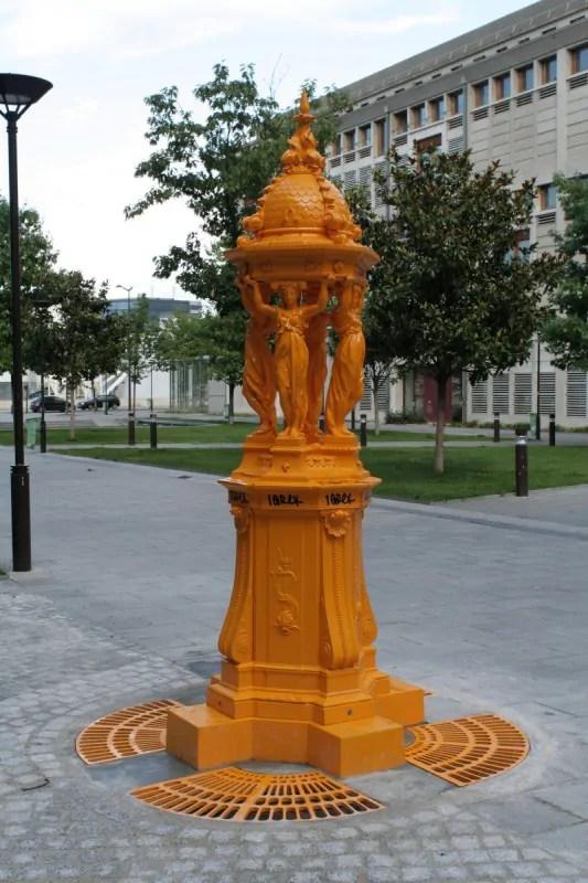 fontaine-wallace-esplanade-pierre-vidal-naquet-paris