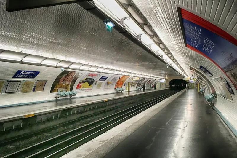 D Ou Vient Le Carrelage Du Metro Paris Zigzag Insolite Secret
