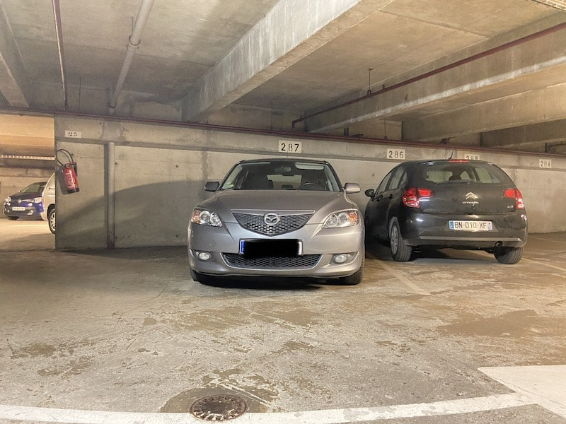 A vendre : Parking en épi Parkagence
