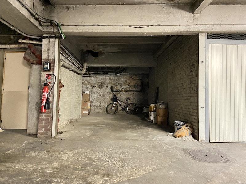 A vendre : Grand box de 22m2 à Colombes Parkagence