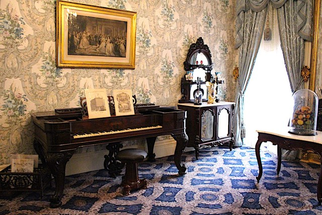 Front parlor of the Roosevelt Home at Theodore Roosevelt Birthplace National Memorial
