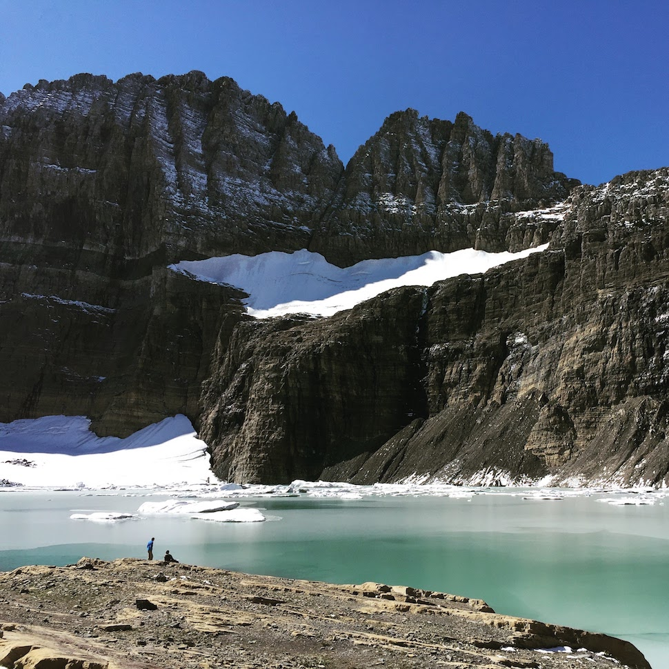 Glacier National Park: Upper Grinnell Lake, The Garden Wall and the Salamander - Grinnell Glacier Trail