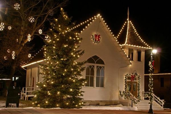Ruth Chapel Mainstreet Parker Colorado at Christmas