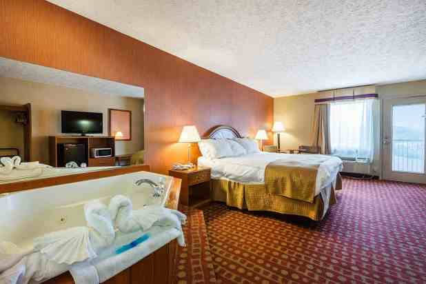 Motels With 2 Bedroom Suites In Pigeon Forge Tn