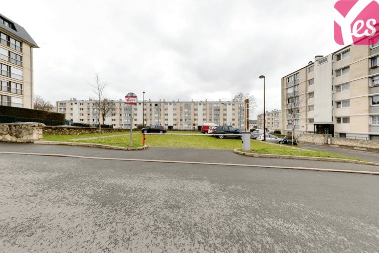location parking quartier saint louis versailles