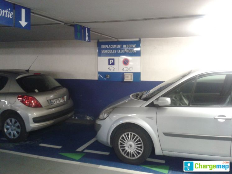 location parking wilson perpignan