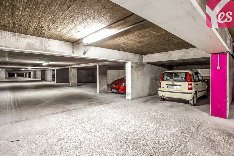 place parking villeurbanne