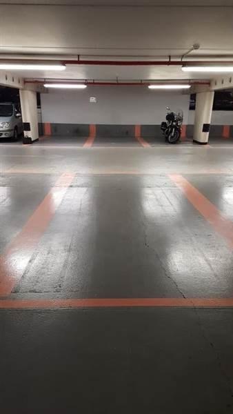 vente parking 12eme