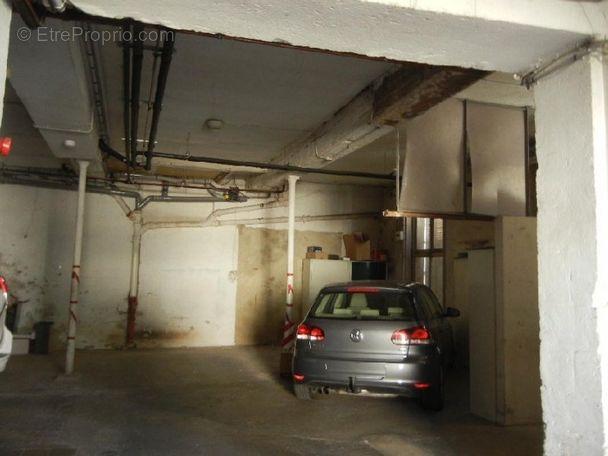 vente parking auxerre