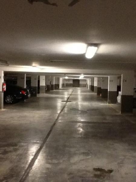 vente parking villeneuve loubet