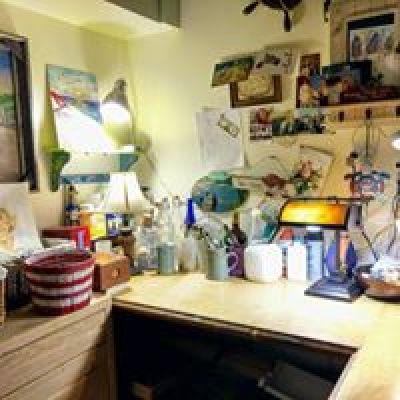 art studio desk art suppllies