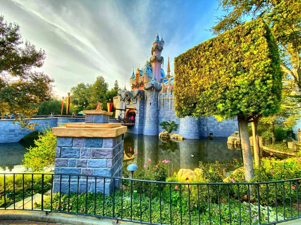 Official Disneyland App