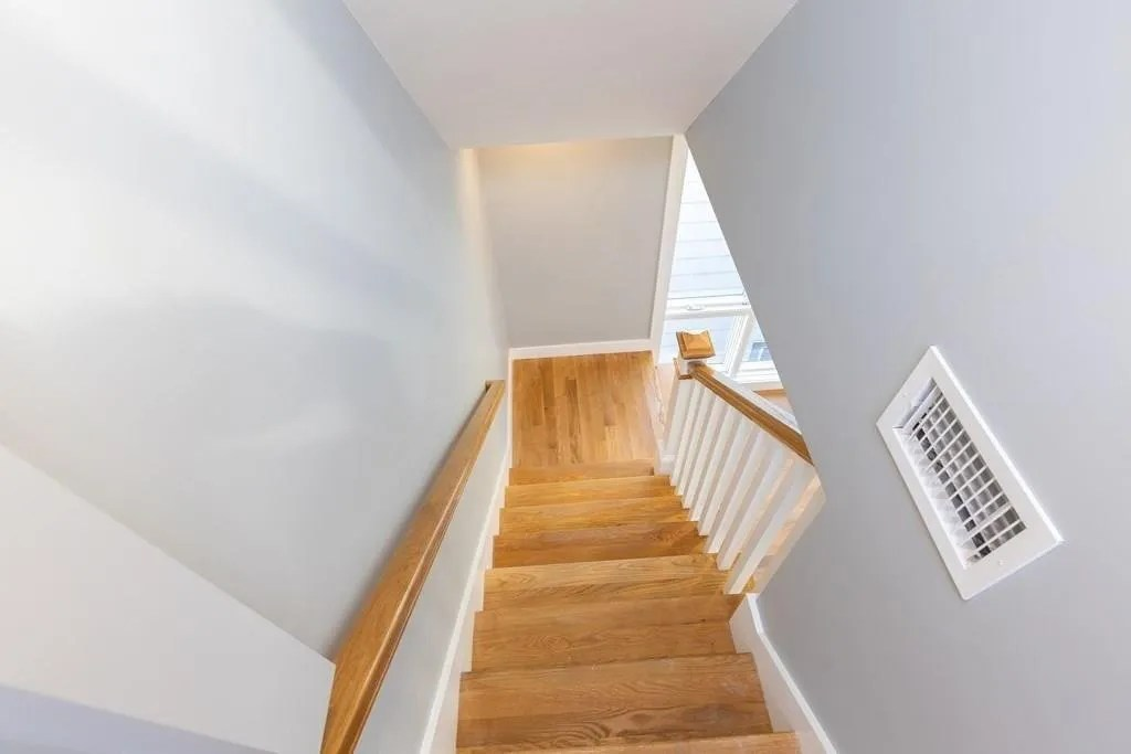 35-37 HAVERFORD STREET UNIT 8- stairs