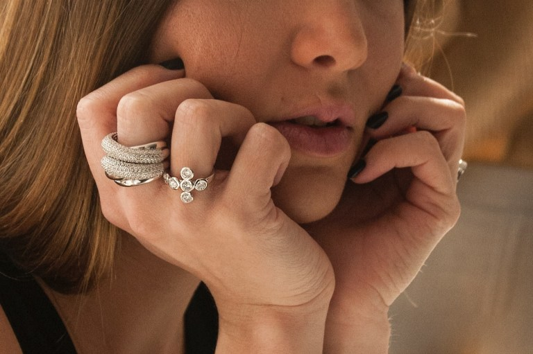 Why are women wearing right hand rings