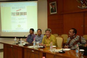 Wakil Sekjen DPR RI Ahmad Djuned dan Karu Humas dan Pemberitaan Setjen DPR Djaka  Dwi Winarko