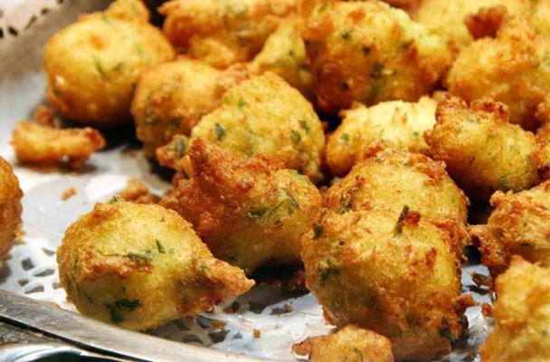 Frittelle-di-baccala-ricetta-parliamo-di-cucina