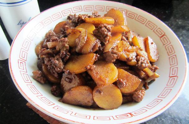 Spezzatino-con-patate-ricetta-parliamo-di-cucina