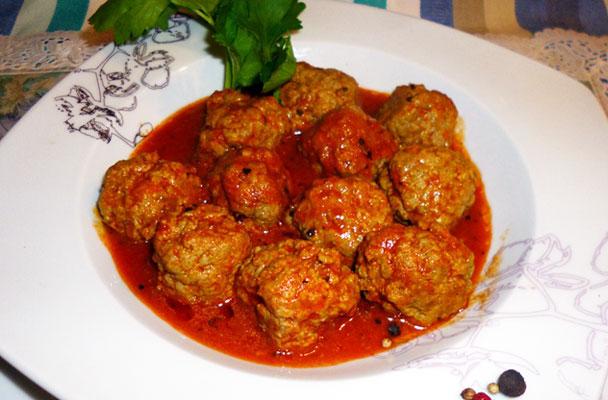 Polpettine-di-pollo-e-tacchino-al-sugo-di-pomodoro-ricetta-parliamo-di-cucina