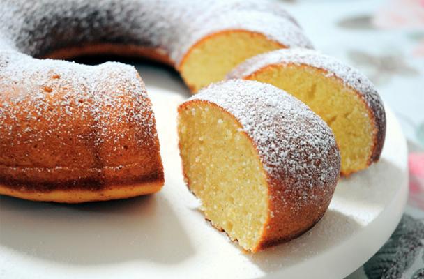 Ciambella-alla-vaniglia-ricetta-parliamo-di-cucina