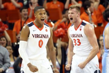 Devon Hall et Jack Salt exultent sous le maillot de Virginia.