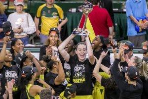 Les joueuses du Storm de Seattle fêtent leur titre de championne WNBA
