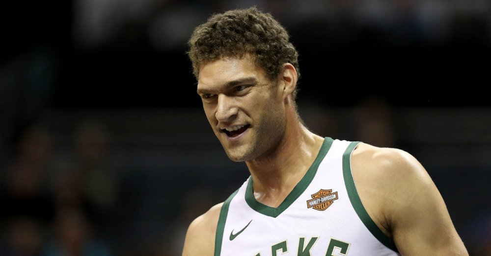 NBA - Brook Lopez bat un nouveau record pour un pivot
