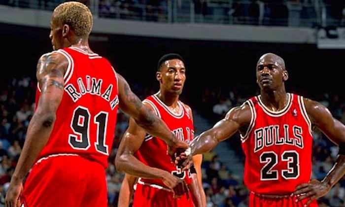 Jordan, Pippen et Rodman en 1998 avec les Bulls