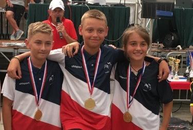 Une équipe roannaise vainqueur du Championnat France Minimes de pétanque