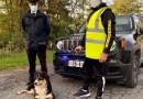 I Carabinieri di Corniglio assieme ad una associazione di Langhirano intervengono a soccorre due cani caduti in una buca.