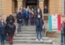 Ufficio Anagrafe Comune Fornovo Taro targa ricorda un Giusto tra le Nazioni