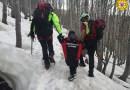 Passeggiano sul Lago Ballano ma restano bloccati dalla neve: interviene il soccorso alpino per recuperare la famiglia
