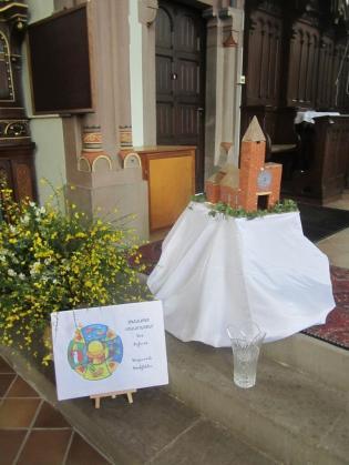 Ettendorf premieres communion 2015 mois de Marie 130b