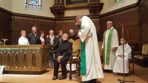 Mme Ott, sacristaine à Hochfelden, à l'honneur pour ses 90 ans