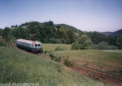 Z Chabówki do Dobrej pociąg nr 33641